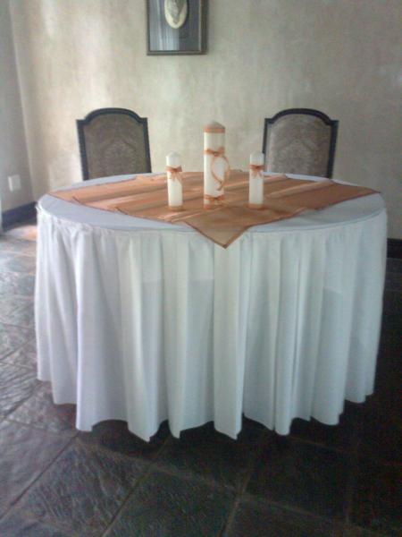 23m-round-tablecloth