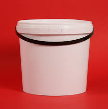 bucket-with-lid--plastic