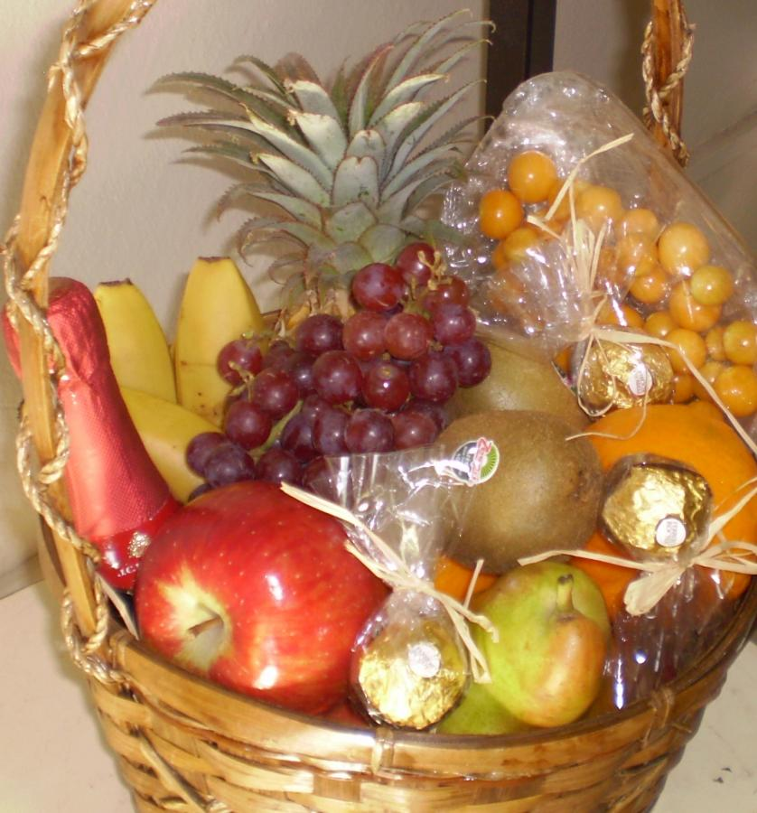 large-fruit-basket-h04