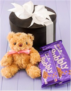 gift-box-with-teddy-bear-and-chocolates-h07